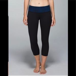 Lululemon Wunder Under Crop II *Full On-luon